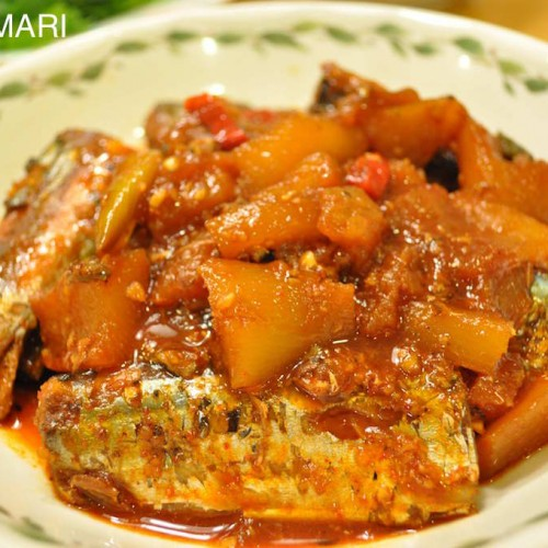 Braised Pike Mackerel (Kkongchi Jorim)
