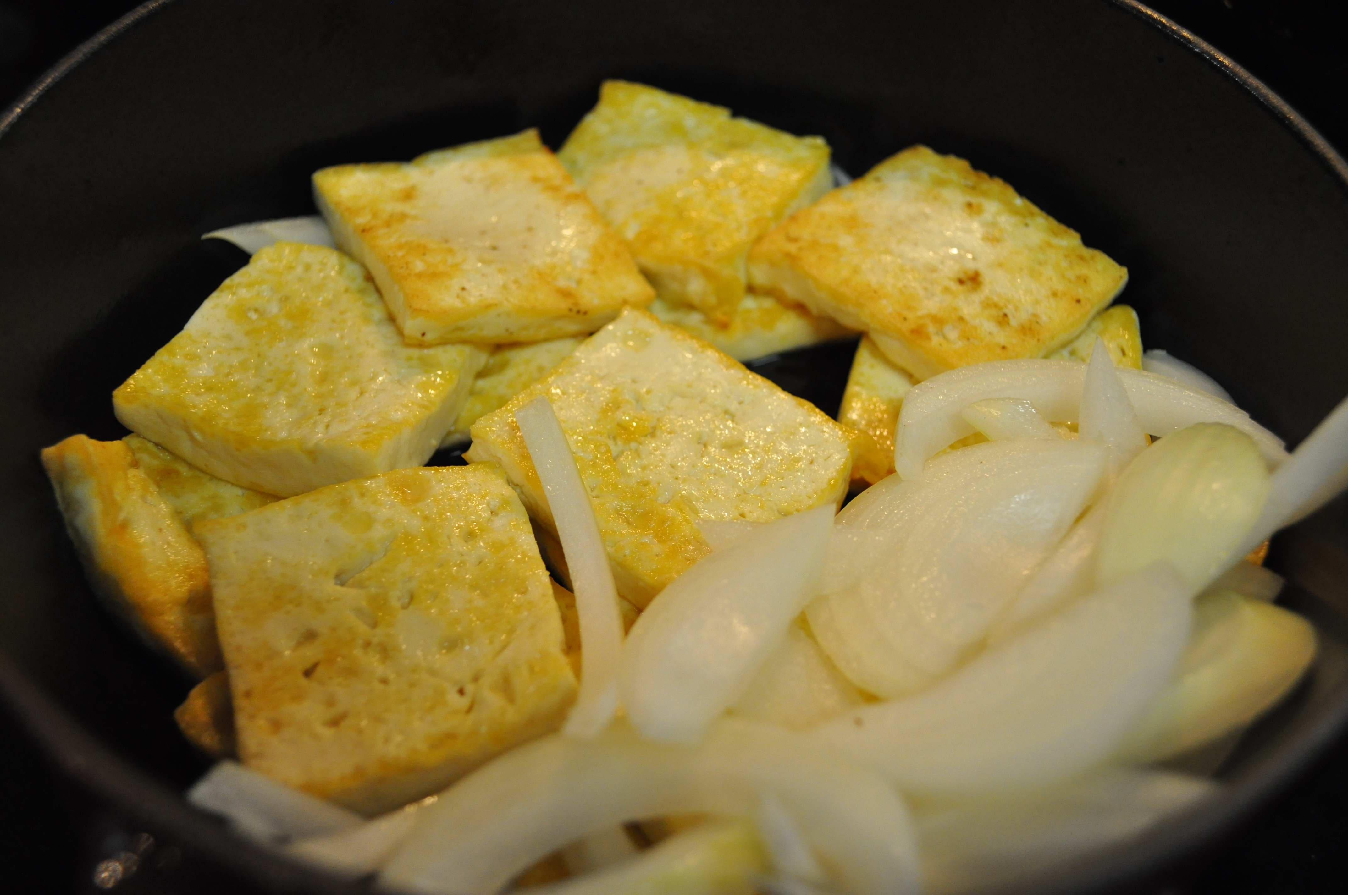 Tofu in pot for Jorim