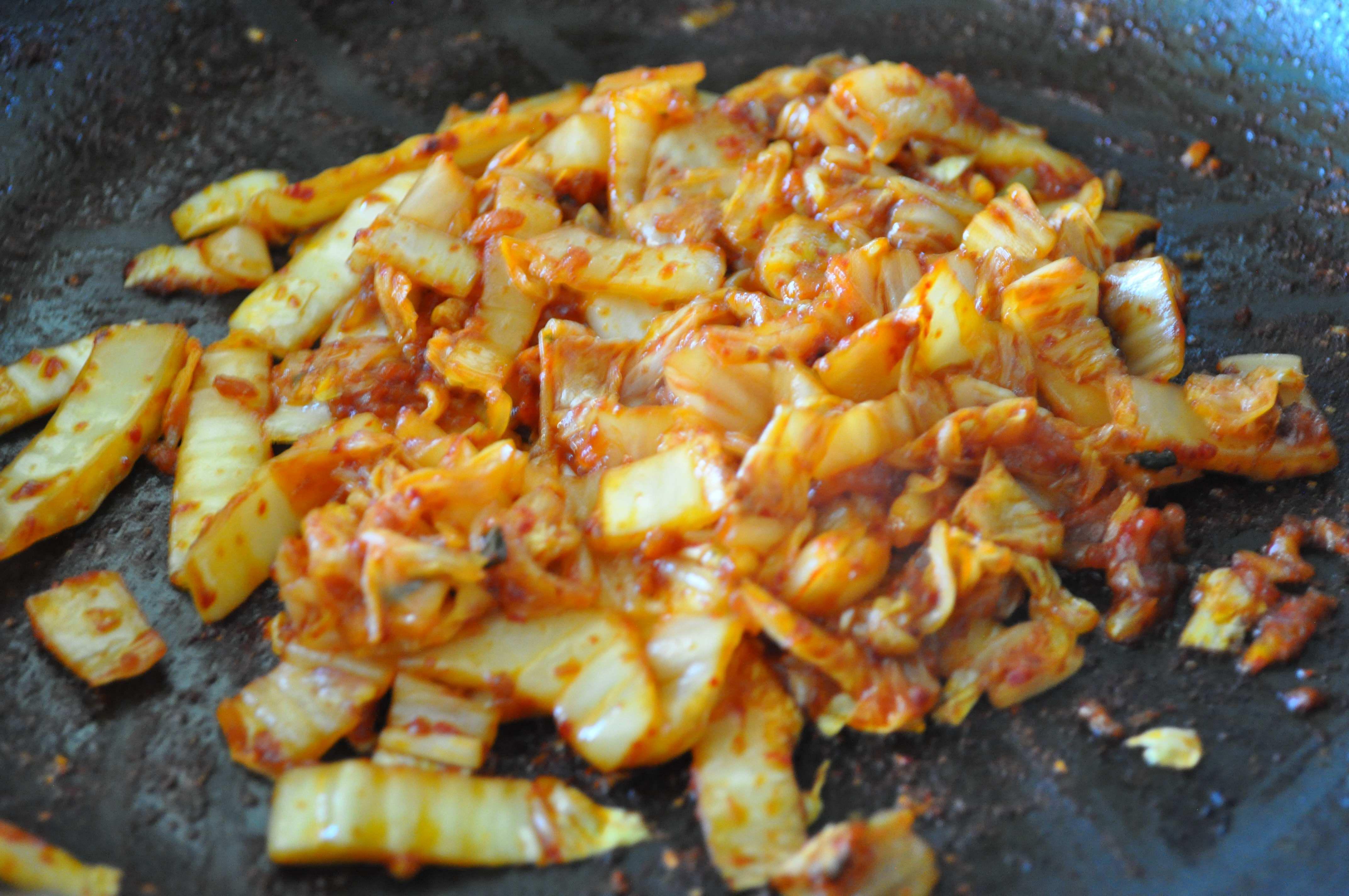 stir fried kimchi