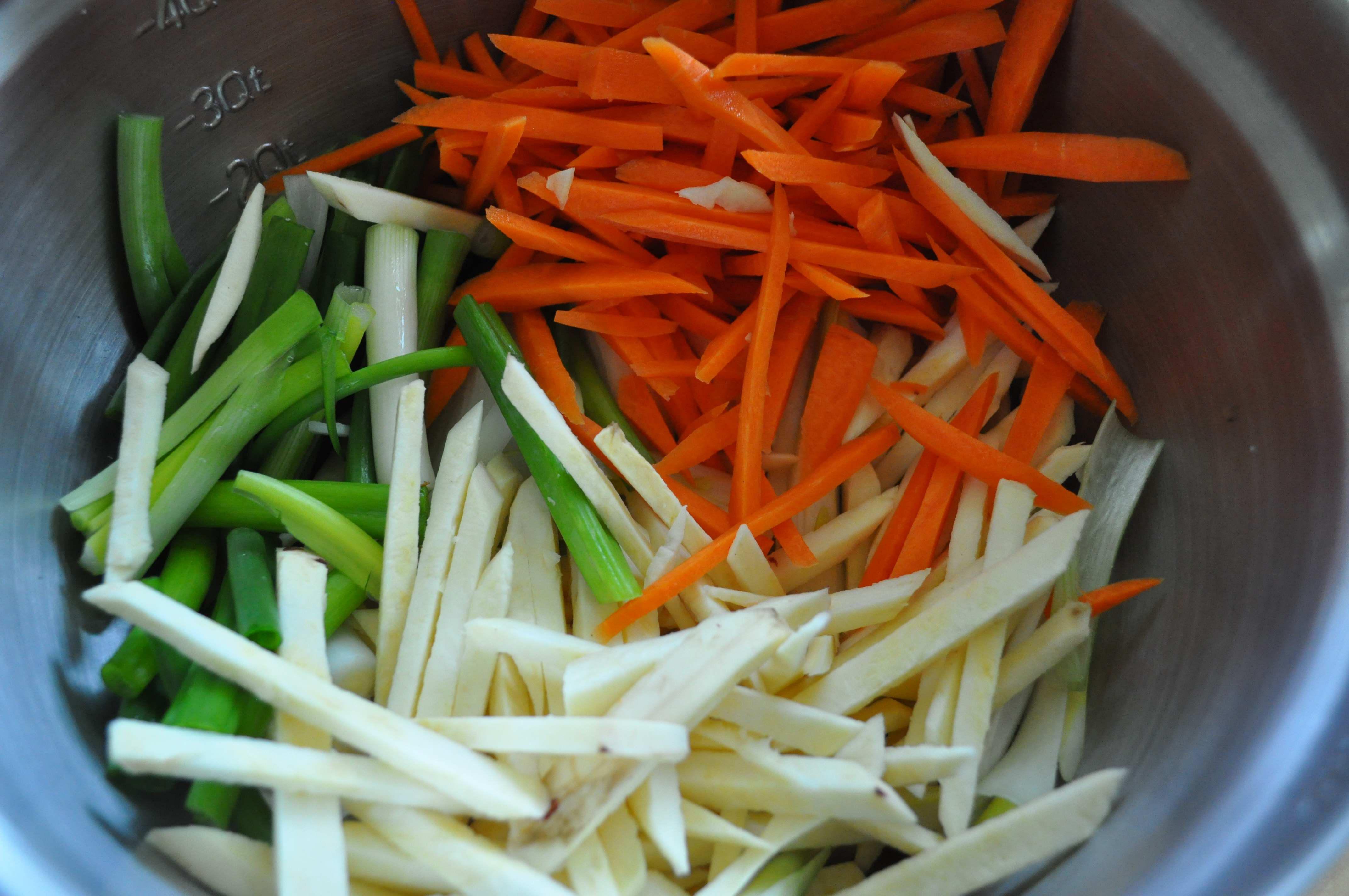 cut vegetables in bowl