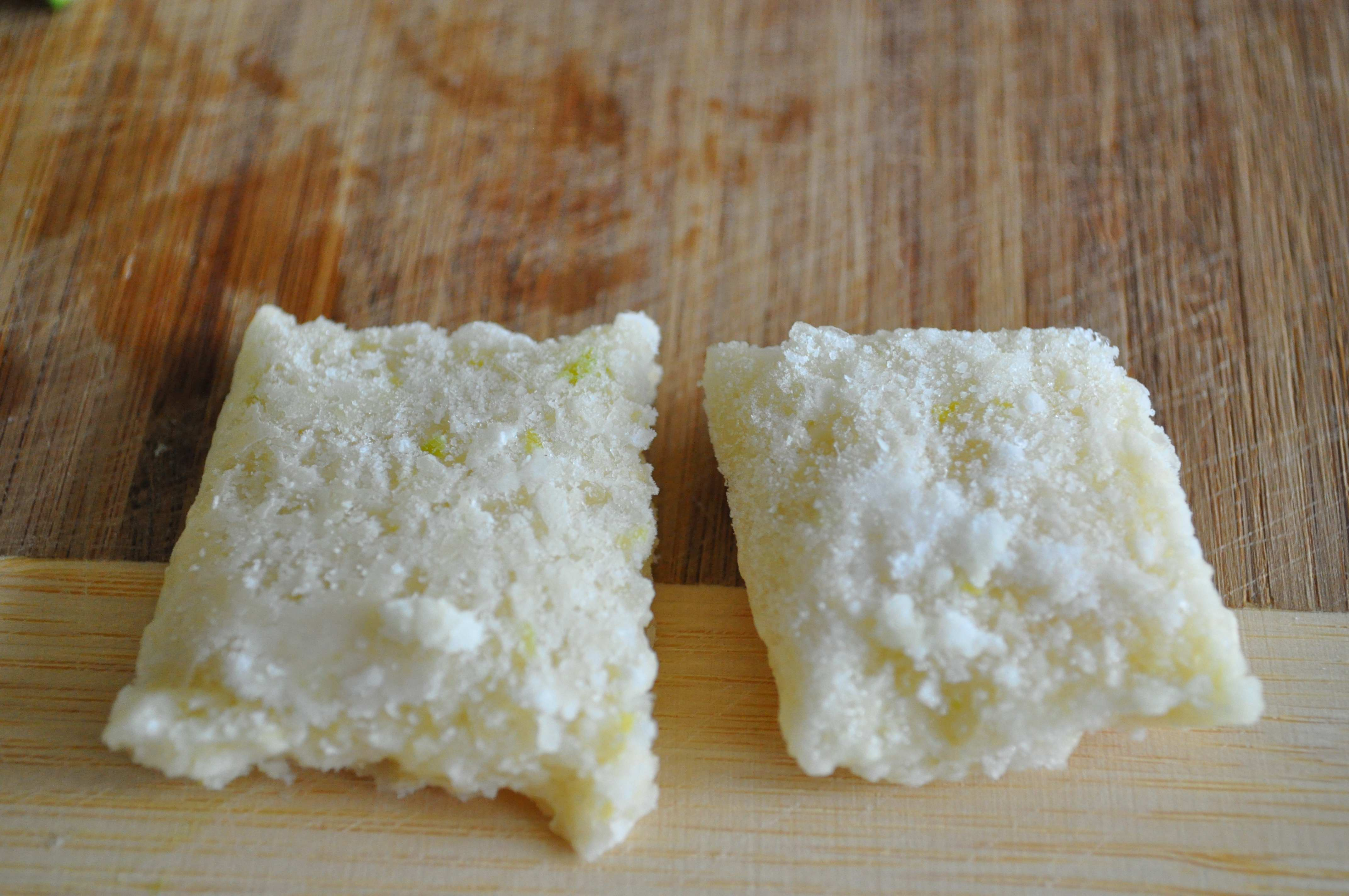 chopped garlid squares