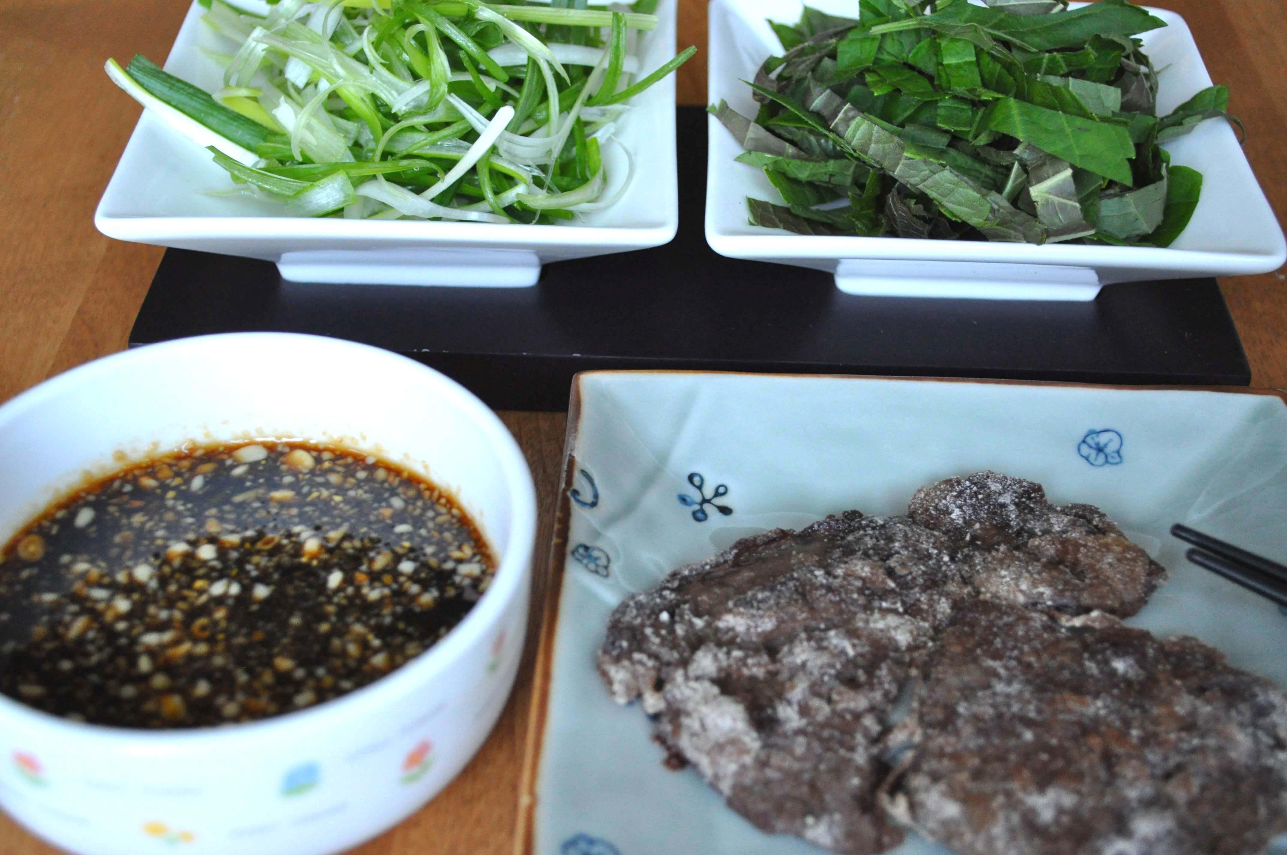 Chapsal bulgogi, veggies and sauce
