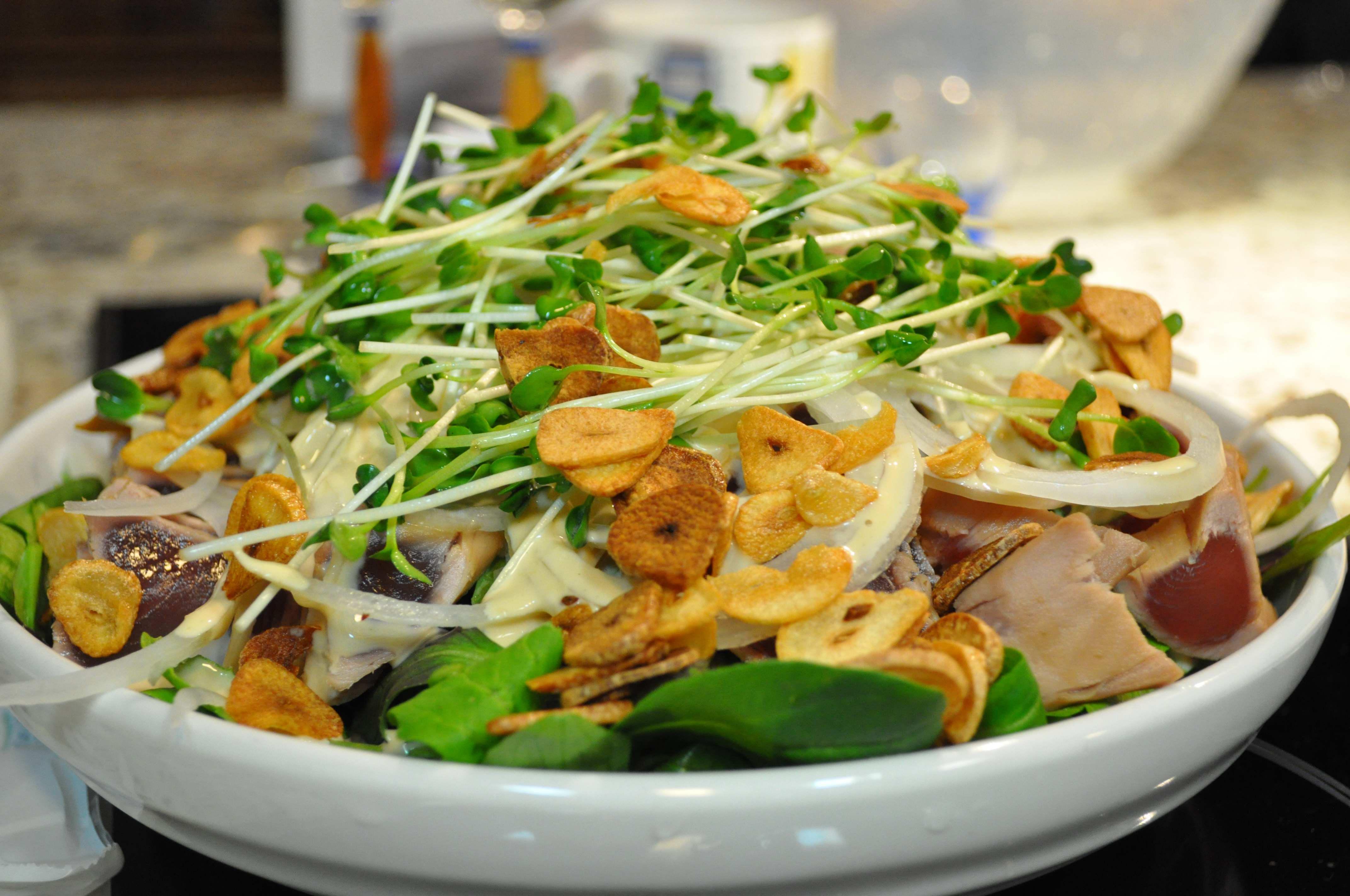 Tuna Tataki Salad (by Sis #3)