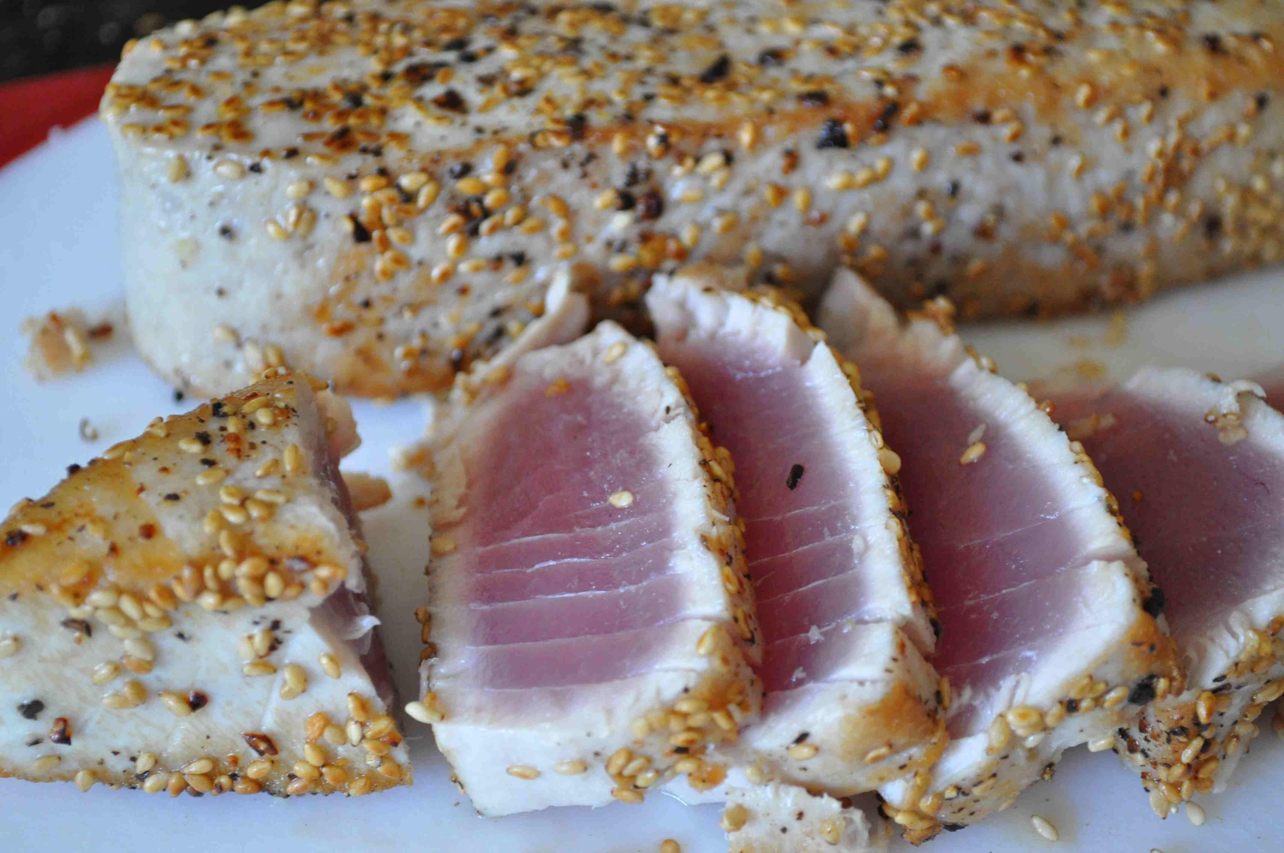 Tuna Tataki sliced