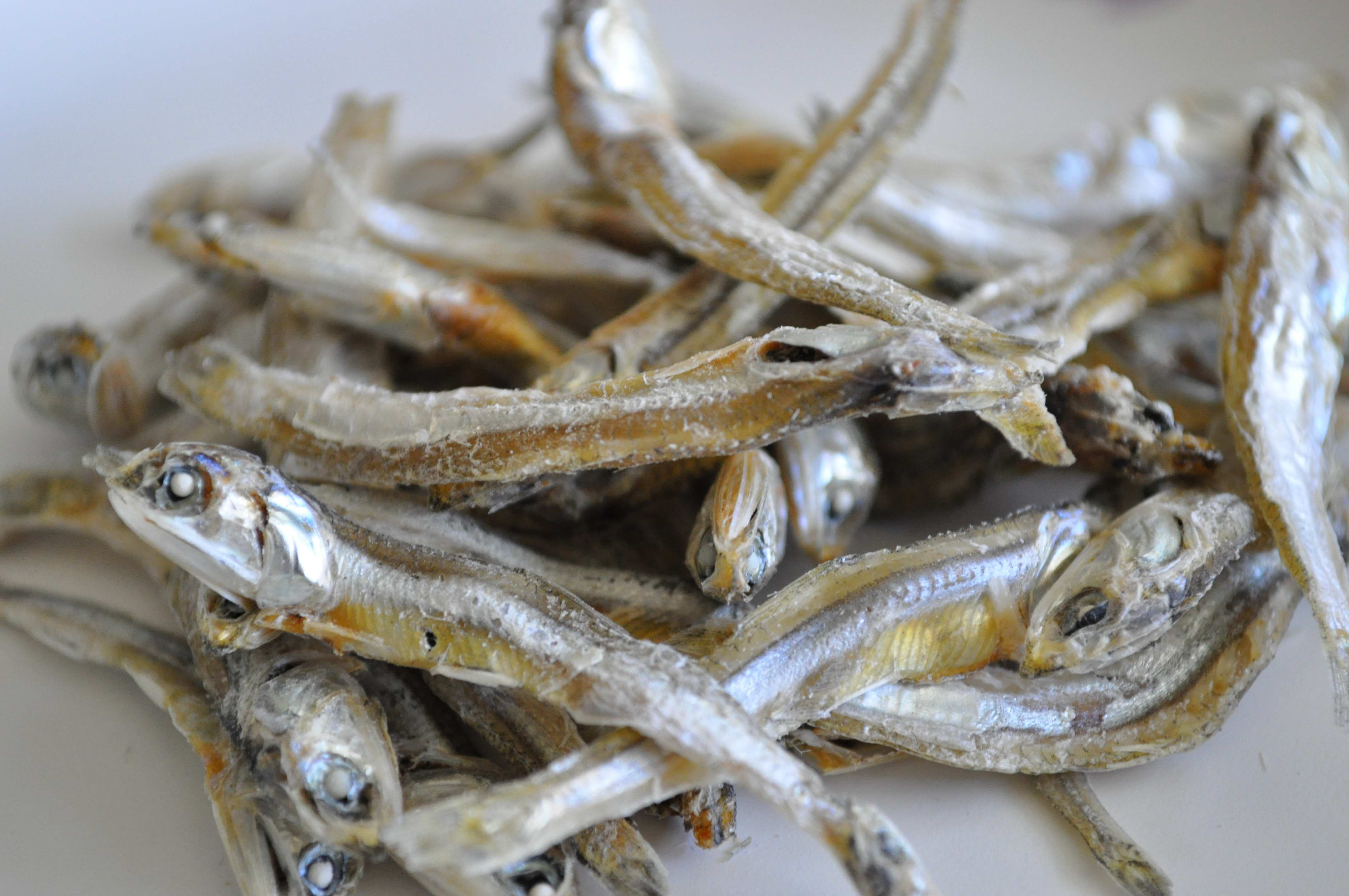 Smaller Gulmul Myulchi (작은 국물멸치) - Smaller Anchovies for Stock