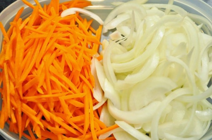 onions and carrots for Japchae