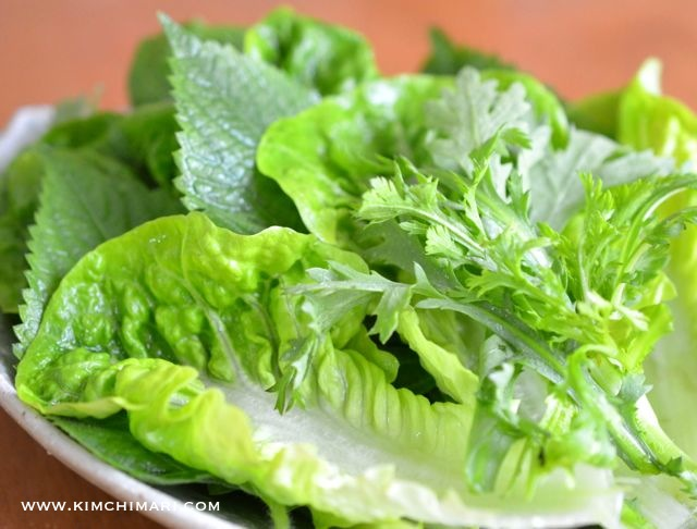 green lettuce and perilla leaves