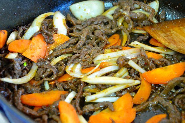 Gungjung tteokbokki beef and vegetables