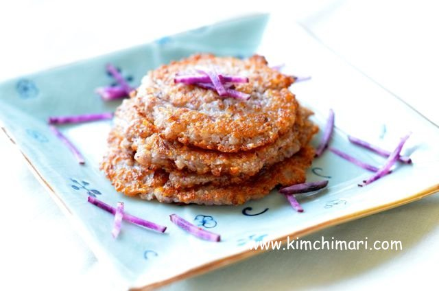 Korean potato pancakes (감자전 Gamjajeon)