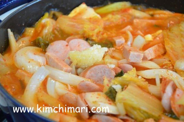 Korean Kimchi Stew (부대찌게 Budae Jjigae)