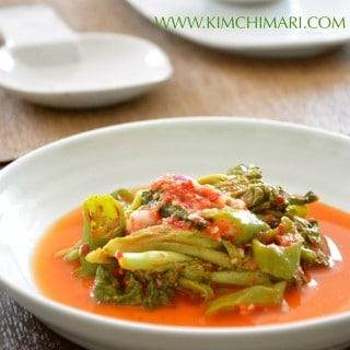 Vegetarian Lettuce Kimchi (상추김치 Sangchoo Kimchi)