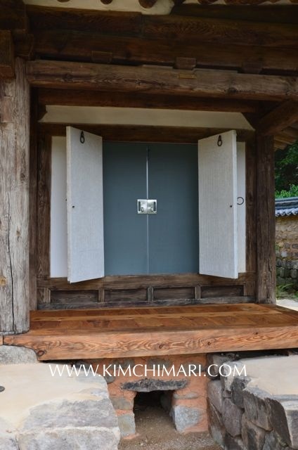 Modern Glass doors in Korean historical home (from outside)