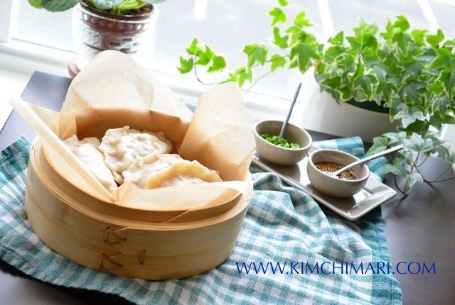Korean Kimchi Dumpling (만두 Mandu)