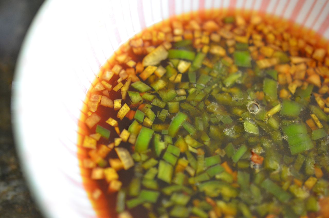 sauce for mille feuille nabe with lemon, soy sauce, garlic and green chili