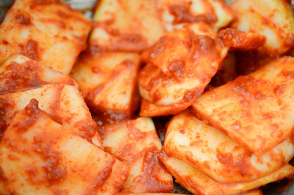 Radish mixed with Kimchi seasoning