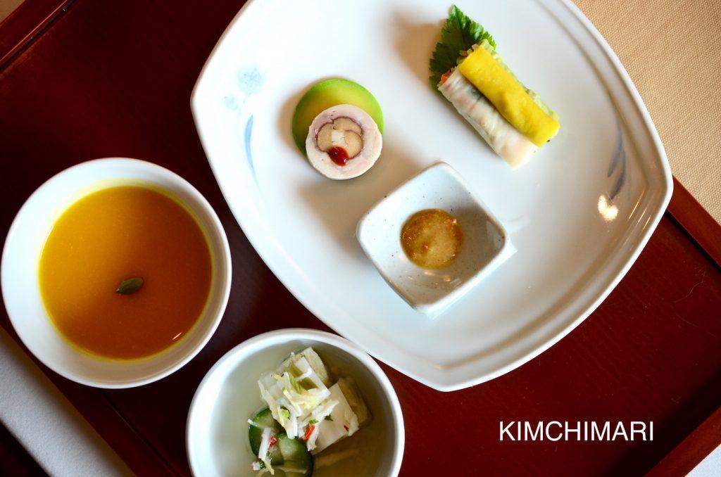 Hobak juk(pumpkin porridge), Saekmilssam(colored flourwrap), Mulkimchi(water kimchi)