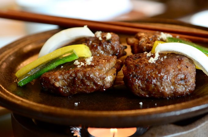 Tteok Kalbi (Grilled short rib patties)