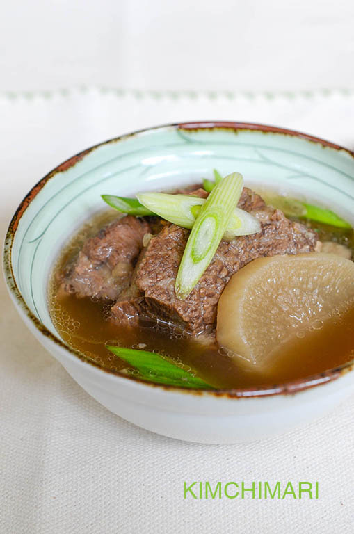Korean Short Rib Soup (Galbitang 갈비탕)