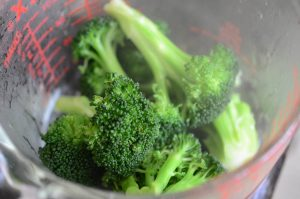 Cooked Broccoli florets for Easy Tofu Recipe