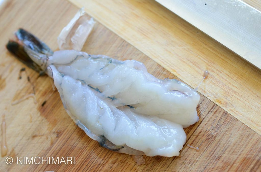 shrimp butterflied and cleaned for jeon