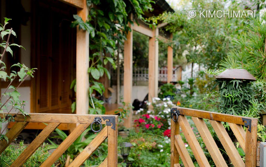 Jeonju Hanok Village - gate to garden