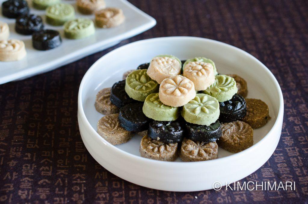 Dasik-Korean Tea Cookies 4 colors (White, Black, Brown Sesame Seeds, Green Tea)