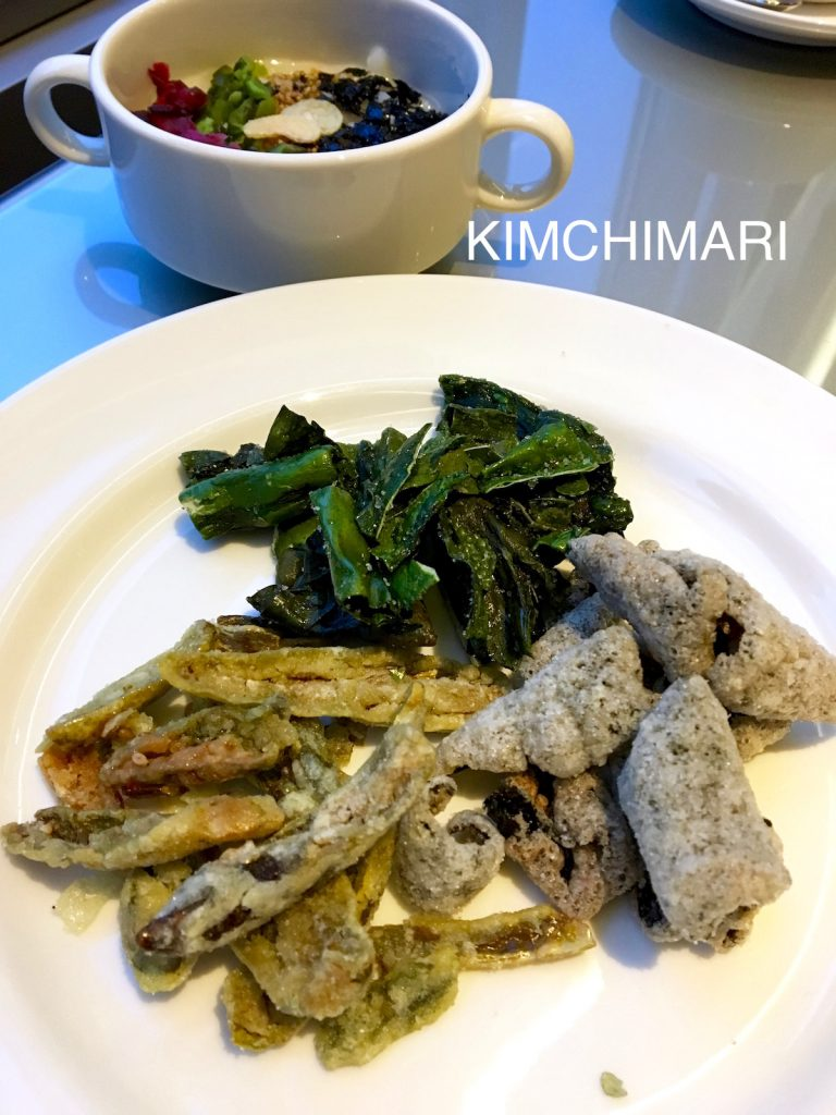 Bugak Trio - Korean vegetable and seaweed chips (left: gochu bugak, right: gim bugak, top: dashima bugak)