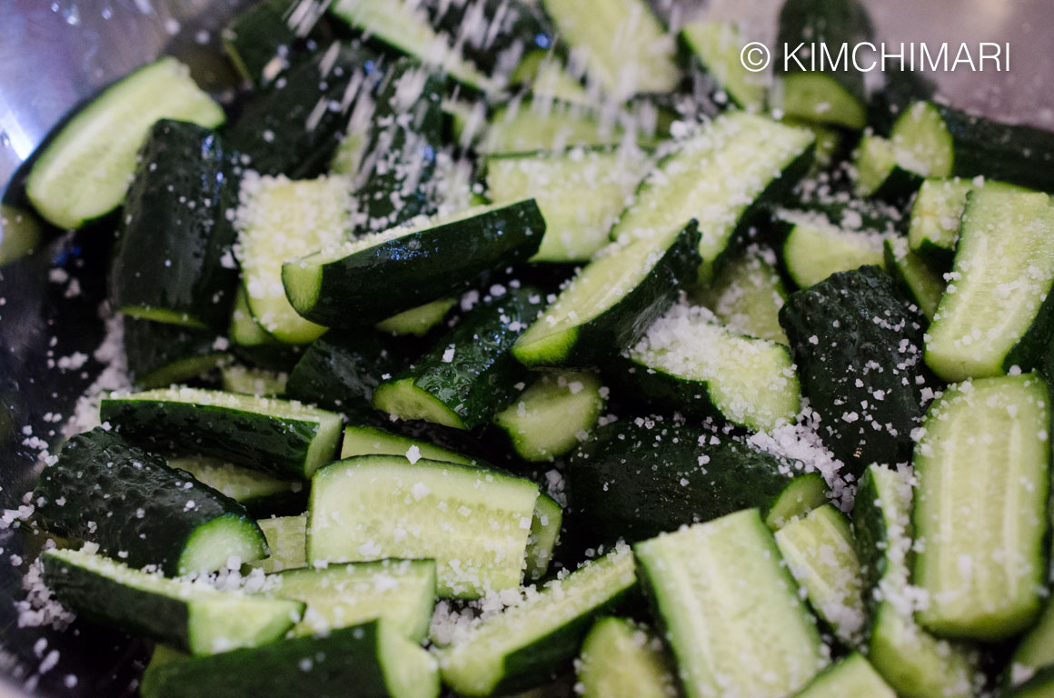 salting cucumbers for cucumber kimchi