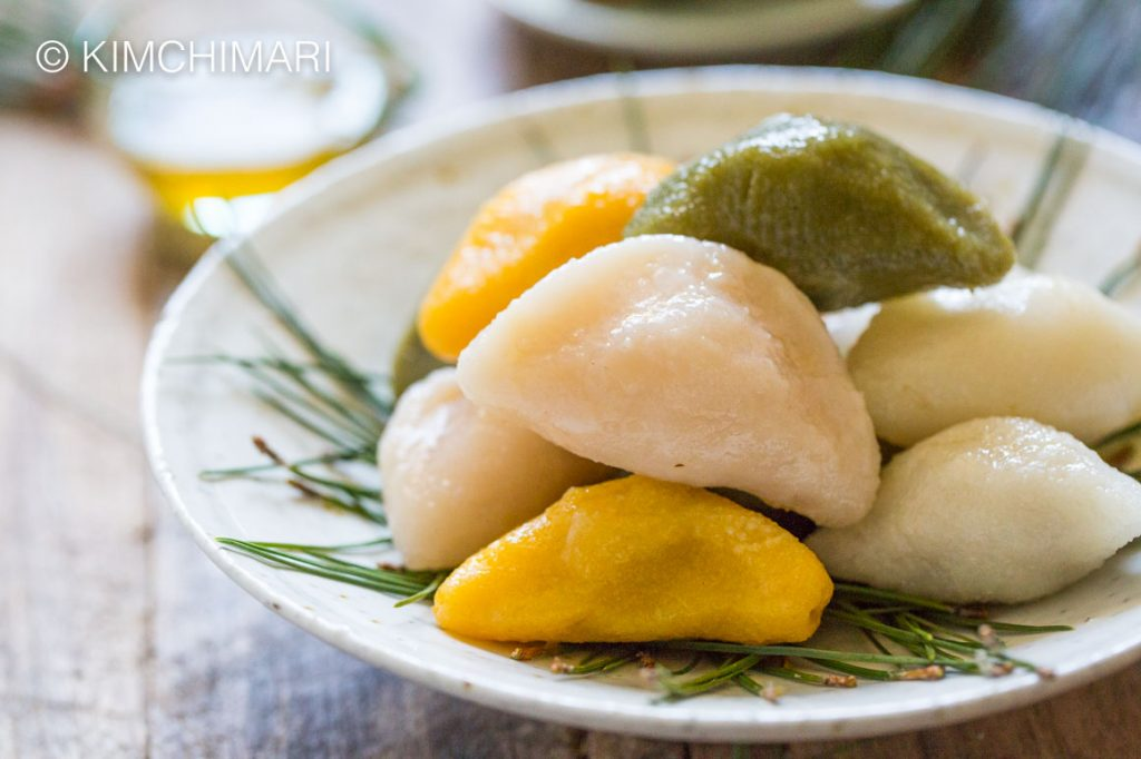 Songpyeon Rice Cakes for Chuseok in colors