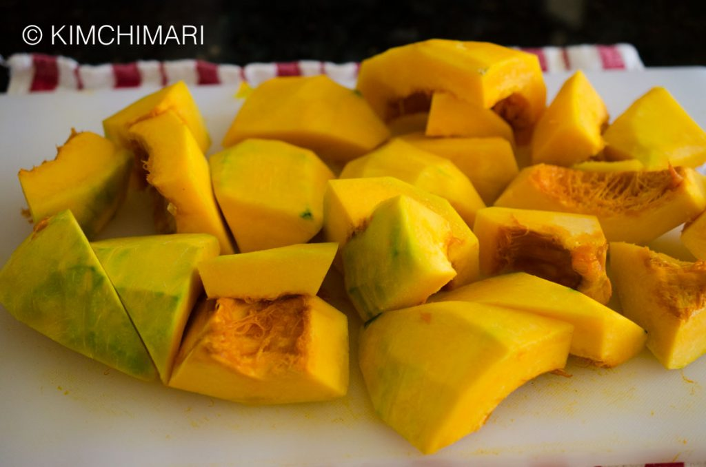 Hobakjuk-Kabocha Squash Peeled and cut