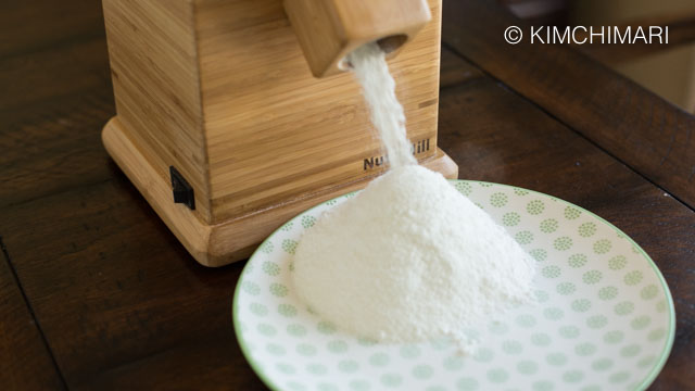 Sweet Rice Flour Milling With NutriMill Harvest