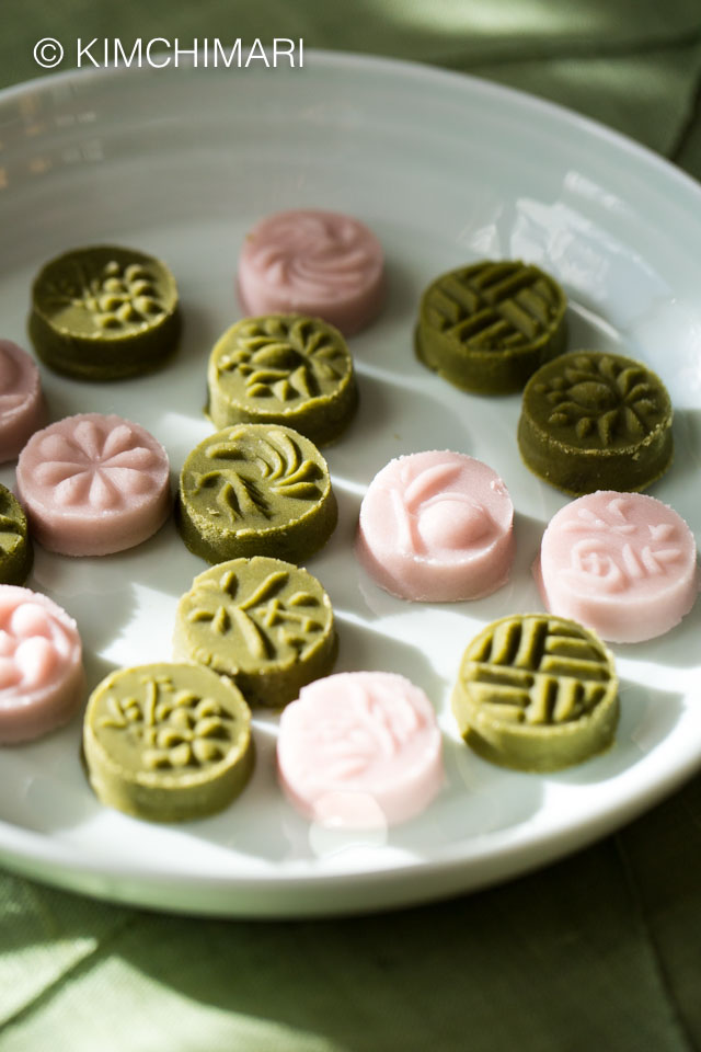 Green Tea and Omija Tea Cookies in various designs